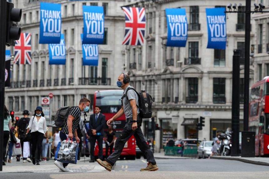 Londrada durum kritik Yogun bakim yataklari bir hafta icinde dolabilir
